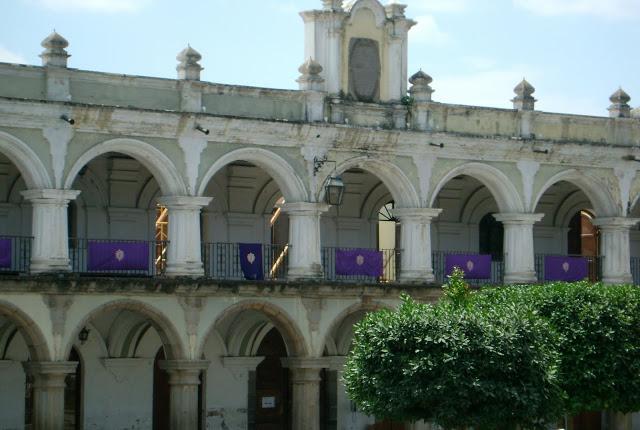 d634c-antigua-prefeitura-mantosrochospelasemanasantajpg