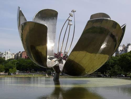 87cd1-foto6-esculturafloralisgenc3a9rica