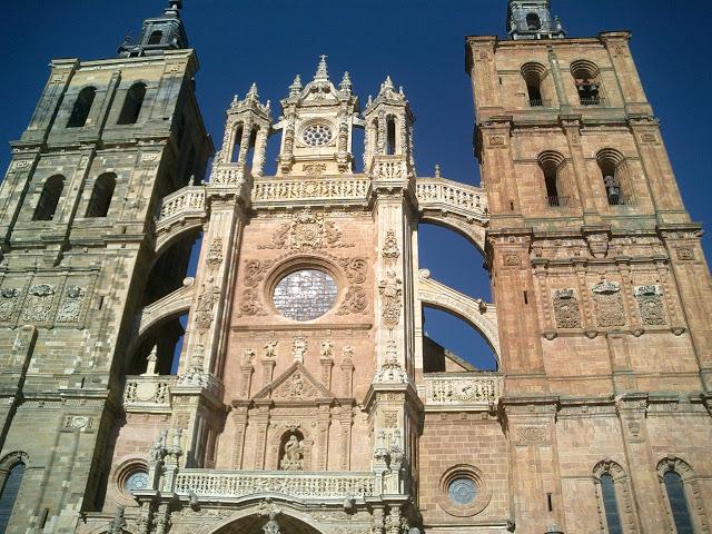 13aaf-foto9-catedraldeastorga