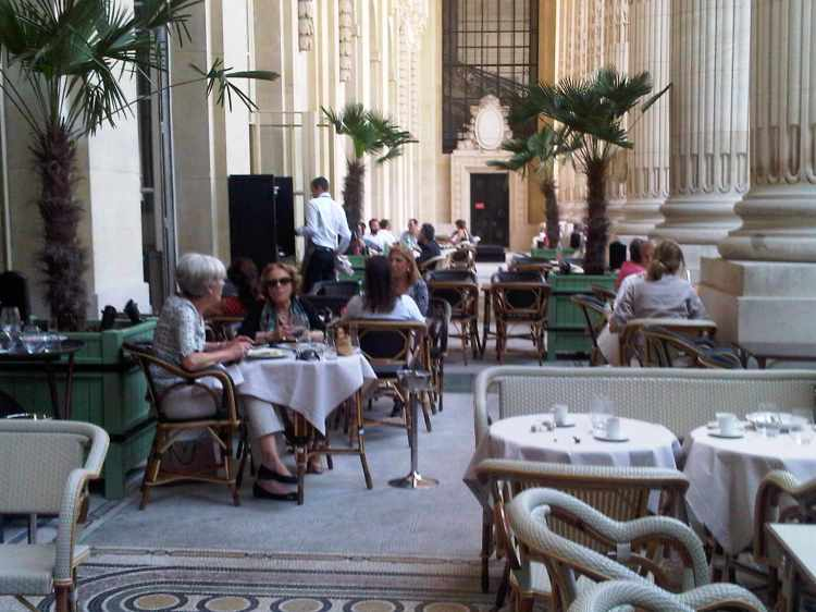bb782-foto3-restauranteminipalais
