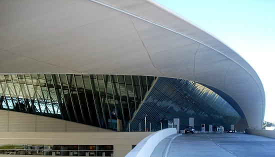 09dc1-foto1-aeroportocarrascomontevide25cc2581u