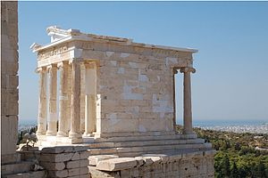 76d00-300px-temple_of_athena_nike_2010