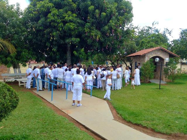 Foto 4 - Reunião no Jardim da Casa de Dom Ignácio