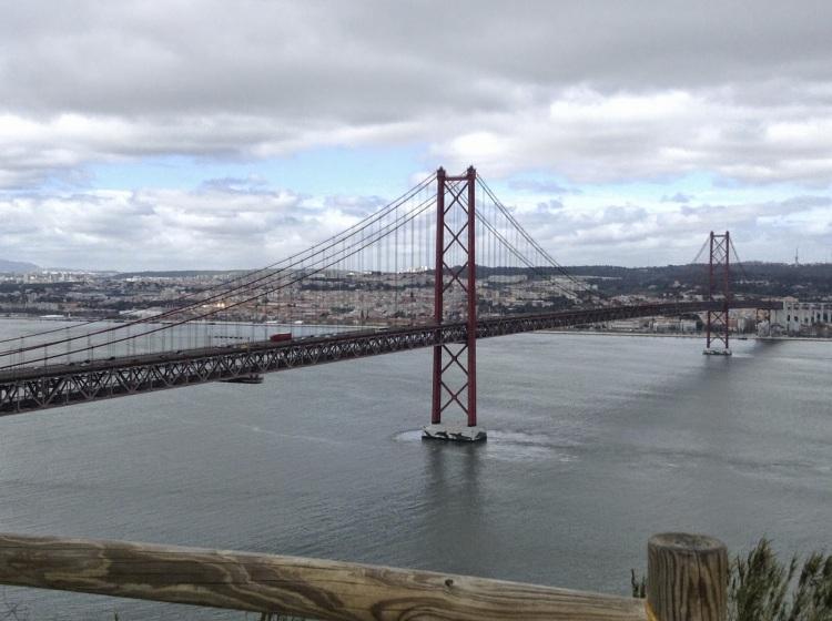 9ab21-ponte25deabril