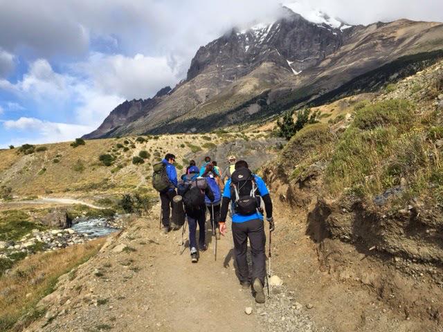 Foto 5 - Trilha para a base das Torres del Paine
