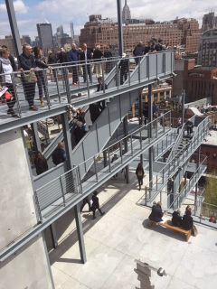 Foto 1 - Área externa Museu Whitney