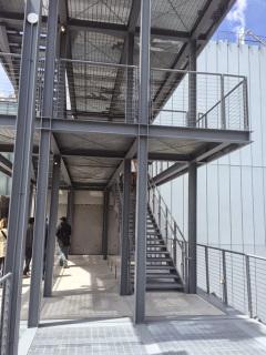Foto 2 - Detalhe Escada Museu Whitney