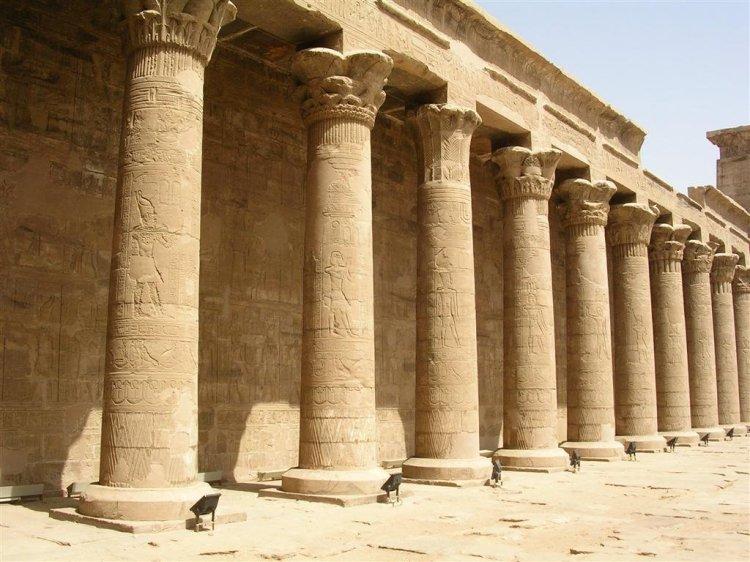 Foto 13 - Templo de Edfu 27036337