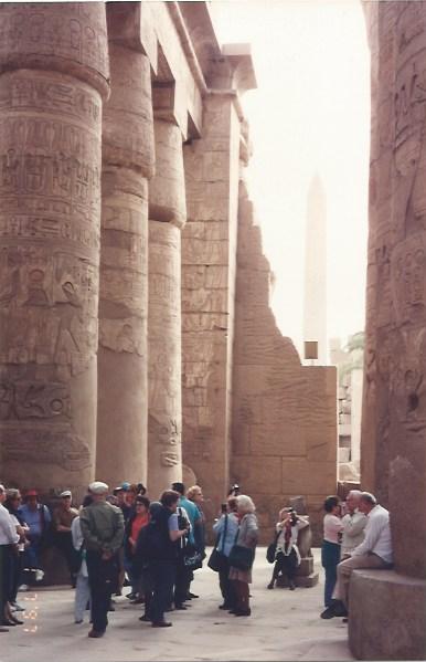 Foto 14 - Sala hipóstila. Templo de Edfu