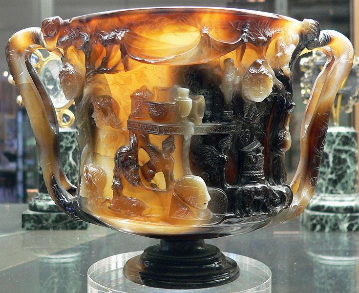 Foto 8 - Taça FarneseJPG