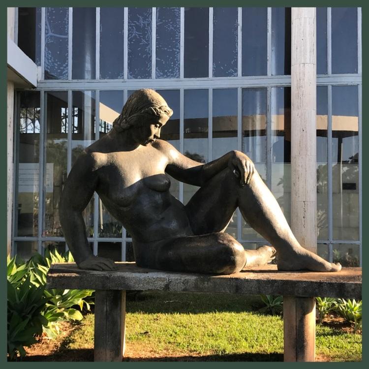 Foto 1 - Escultura Ceschiatti