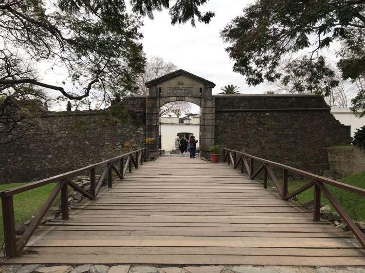 Foto 16 - Portão do Centro Histórico de Colônia