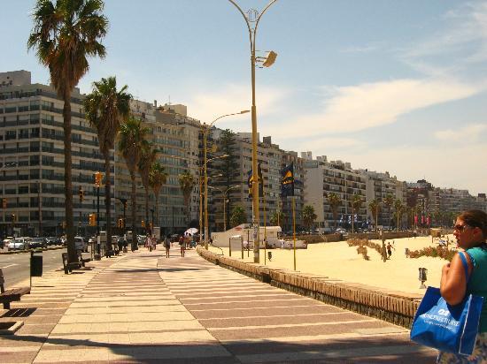 Foto 3a - Ramblas de Montevideo
